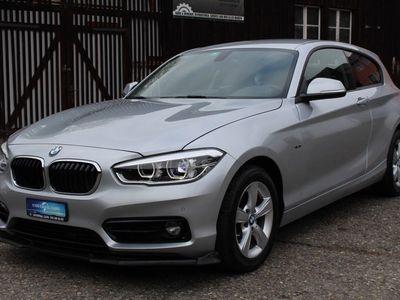 gebraucht BMW 118 1er i Sport Line Steptronic