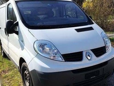 gebraucht Renault Trafic Traffic 2.0l . 2011jr. km 204000km. b04