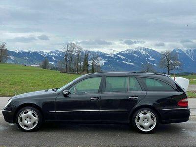 gebraucht Mercedes E500 E-Klasse E 500 Avantgarde 4Matic Automatic E-KlasseAvantgarde 4Matic Automatic