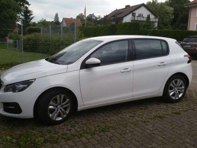 gebraucht Peugeot 308 1.2 Pure Tech Active EAT8