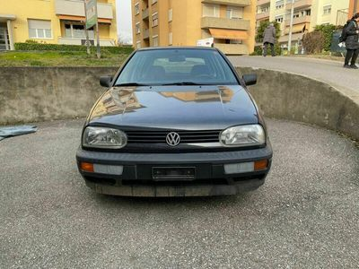 gebraucht VW Golf 1800