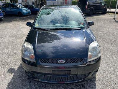 gebraucht Ford Fiesta 1.4 TDCi Ambiente