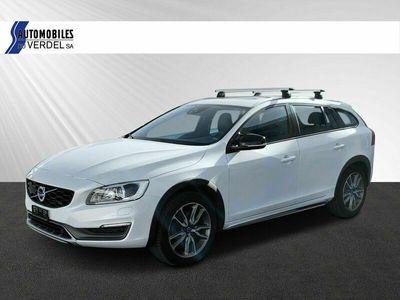 gebraucht Volvo V60 CC  D4 AWD Summum Geartronic