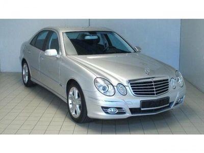 gebraucht Mercedes E220 CDI Automatik Elegance DPF 200KM