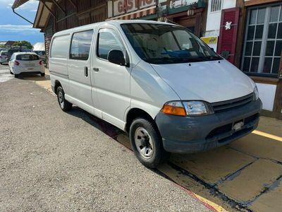 gebraucht Toyota HiAce 2.4TD Kombi LWB 4x4