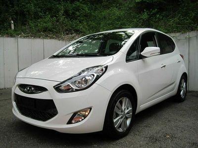 gebraucht Hyundai ix20 1.6 Style Automatic
