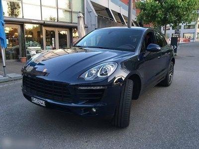 gebraucht Porsche Macan in dunkelblau