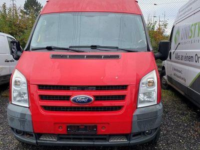 gebraucht Ford Transit 2.4TDCi Bus M2 350L 4x4 Trend 14Pl.