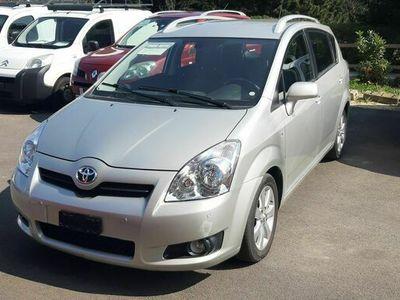 gebraucht Toyota Corolla Verso 2.2 D-4D Linea Sol
