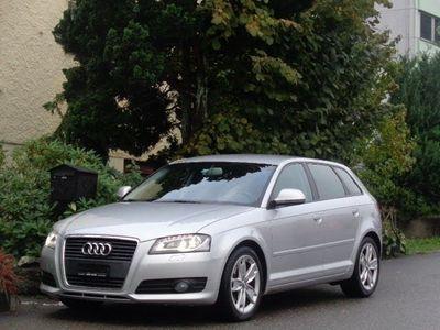 gebraucht Audi A3 Sportback 1.8 TFSI Attraction S-tronic