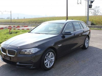 gebraucht BMW 530 d Touring xDrive Luxury Line Steptro