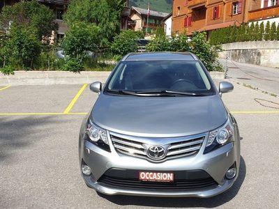 gebraucht Toyota Avensis Sportswagon 2.2D-CAT Sol Premium
