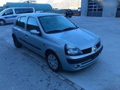 gebraucht Renault Clio 1.6 16v