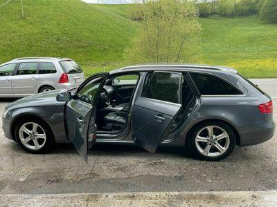 gebraucht Audi A4 Diesel aus erster Hand Jahr Gang 2013