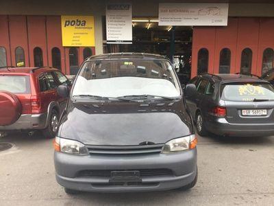 gebraucht Toyota HiAce 2.4TD Kombi A