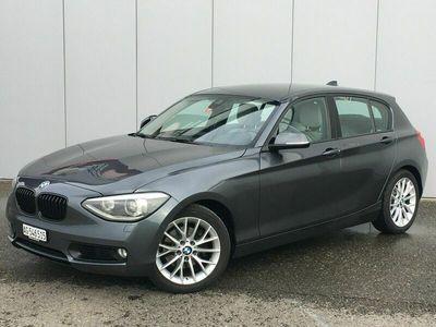 gebraucht BMW 118 1er 118i Turbo-Benziner mit Automat,Leder,Navi,Klima etc... 1er i Turbo-Benziner mit Automat,Leder,Navi,Klima etc...