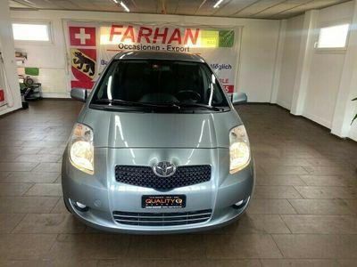 gebraucht Toyota Yaris 1.3 Chic