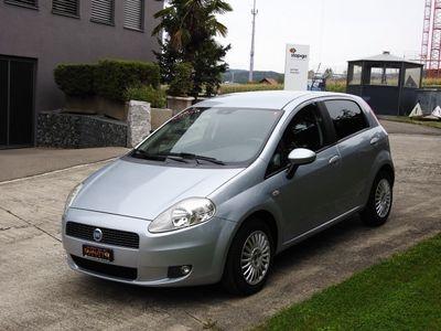gebraucht Fiat Punto 1.4 Dynamic