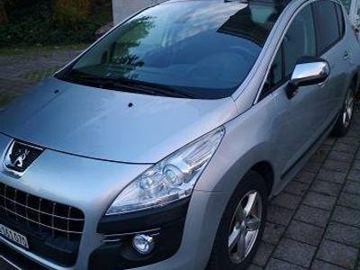 gebraucht Peugeot 3008 1.6i Turbo In sehr gutem Zustand