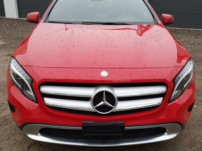 gebraucht Mercedes GLA250 4Matic 7G-DCT URBAN
