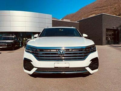 gebraucht VW Touareg 3.0 TDI R Line Tiptronic