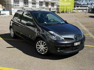gebraucht Renault Clio III Clio 3 1.6, 3-türer, Handschalter1.6, 3-türer, Handschalter