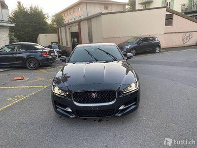 gebraucht Jaguar XE 20t 2.0 R-Sport Automatic