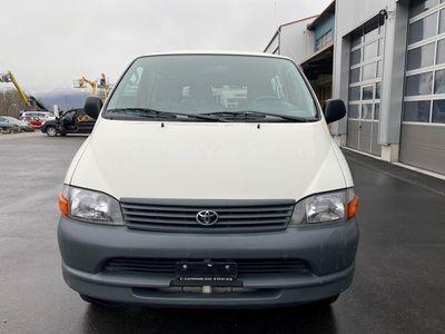 gebraucht Toyota HiAce D-4D 4WD Van