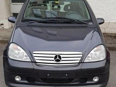gebraucht Mercedes A160 A-Klasse BelleAvantgarde. Edition Brabus. 102CV