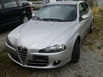 gebraucht Alfa Romeo 147 1.9 16V JTD Distinctive