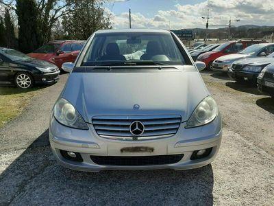 gebraucht Mercedes A200 A-Klasse A 200 CDI Elégance A-KlasseCDI Elégance