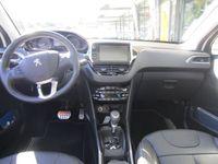 gebraucht Peugeot 2008 1.2 PureTech 110 Feline S/S