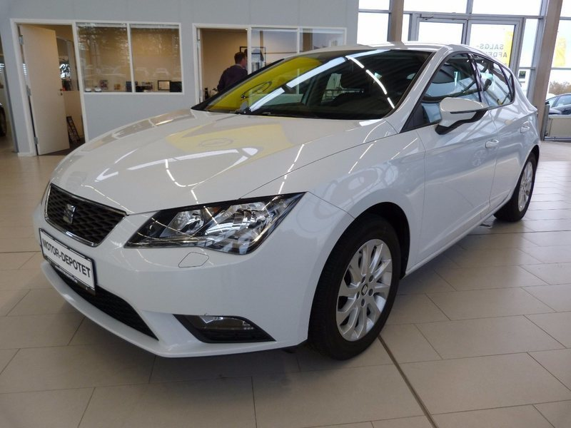 solgt seat leon 1 6 tdi 105 style d brugt 2013 km i viby. Black Bedroom Furniture Sets. Home Design Ideas