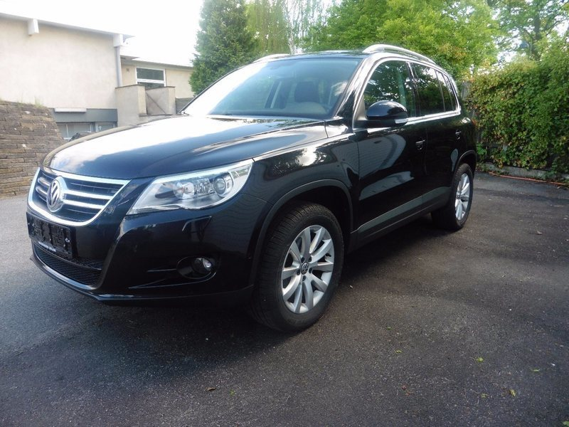 solgt vw tiguan 2 0 tdi 140 sport brugt 2010 km i birker d. Black Bedroom Furniture Sets. Home Design Ideas