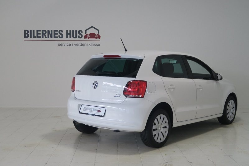 solgt vw polo 1 6 tdi 90 comfortlin brugt 2014 km i silkeborg. Black Bedroom Furniture Sets. Home Design Ideas
