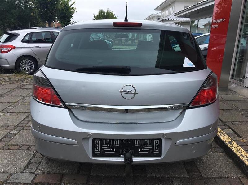 Solgt Opel Astra 9 CDTI Enjoy 120HK., brugt 2008, km 229.000 i Hovedstaden