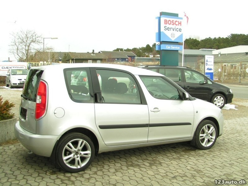 solgt skoda roomster 1 6 16v sport brugt 2007 km 46. Black Bedroom Furniture Sets. Home Design Ideas