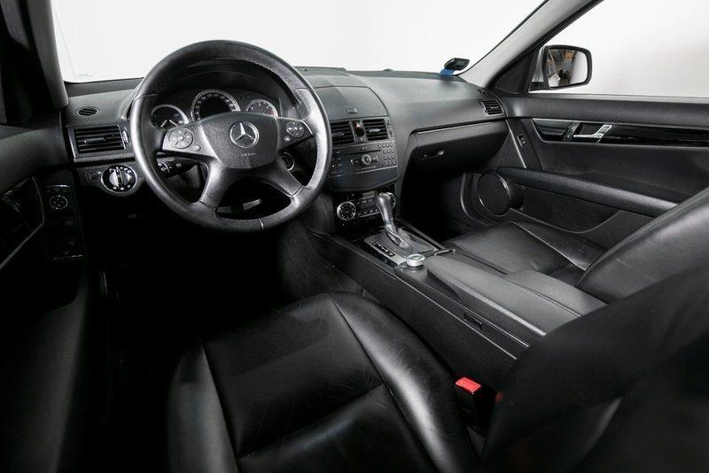 14b20a9f 5b86 440a a398 dab1a09ef9a6 mercedes c220 2 2 cdi classic aut