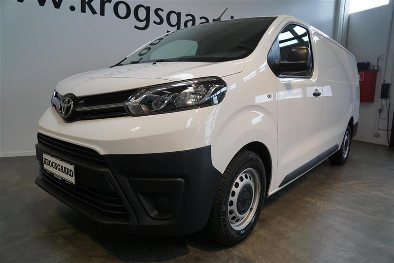 solgt toyota proace long 2 0 d comf brugt 2017 km i hovedstaden. Black Bedroom Furniture Sets. Home Design Ideas