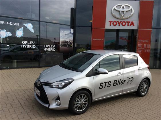 brugt Toyota Yaris 1,3 VVT-I T2 Premium Safety Sense 100HK 5d 6g