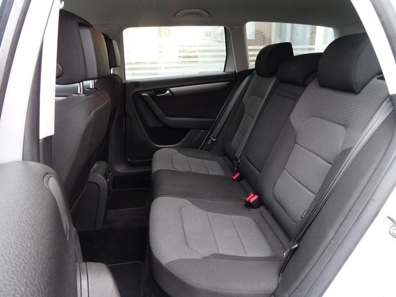 1d04e8c5 b80e 4db8 9818 96faeec0eb6c vw passat 2 0 tdi bmt variant comfortline 140hk st car