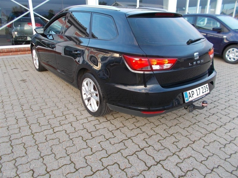 solgt seat leon 1 6 tdi style 105hk brugt 2014 km i syddanmark. Black Bedroom Furniture Sets. Home Design Ideas