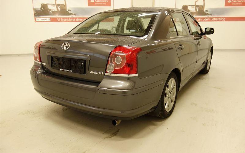 Solgt Toyota Avensis 1,8 Linea Sol ., brugt 2009, km 122.000 i Vodskov
