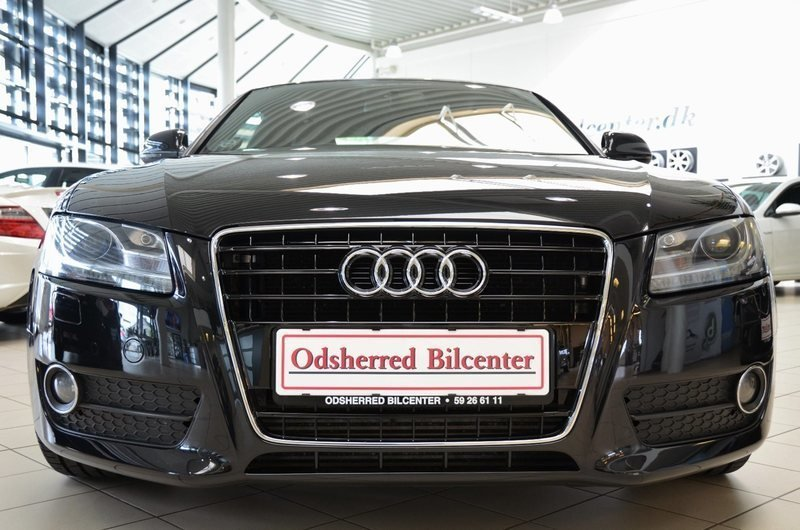 solgt audi a5 3 0 tdi 240 coup qua brugt 2009 km i svinninge. Black Bedroom Furniture Sets. Home Design Ideas