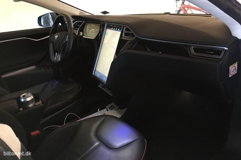 317d9b12 dada 4e5c b610 8ce88554fbaf tesla model s el el performance 416hk 5d aut