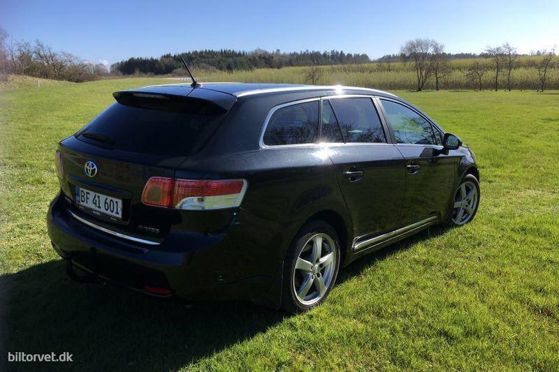 Solgt Toyota Avensis 2,0 D-4D DPF T., brugt 2010, km 157.000 i Brovst