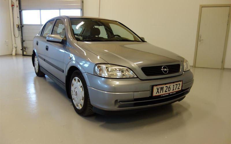 brugt Opel Astra 4 Twinport Essentia 90HK 5d