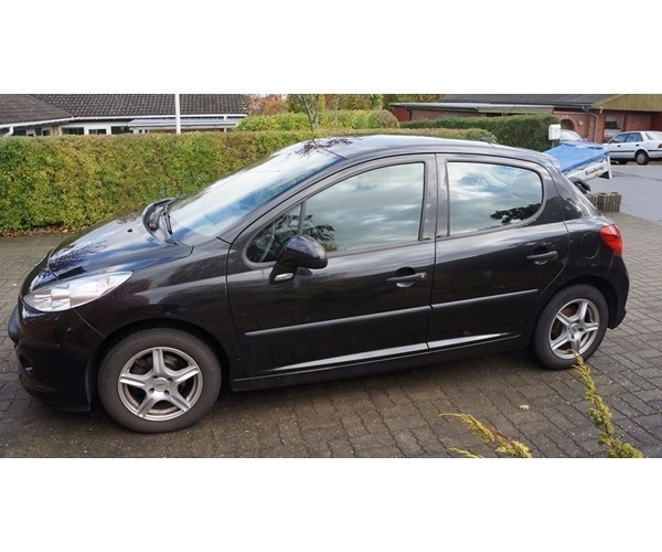 solgt peugeot 207 1 4 hdi 70 xr brugt 2006 km i hobro. Black Bedroom Furniture Sets. Home Design Ideas