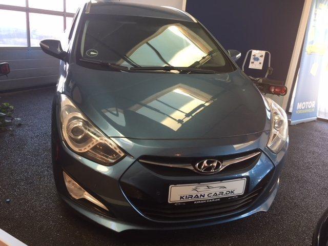 Solgt Hyundai i40 1,7 CRDi 136 Prem., brugt 2013, km 286.000 i Ishøj