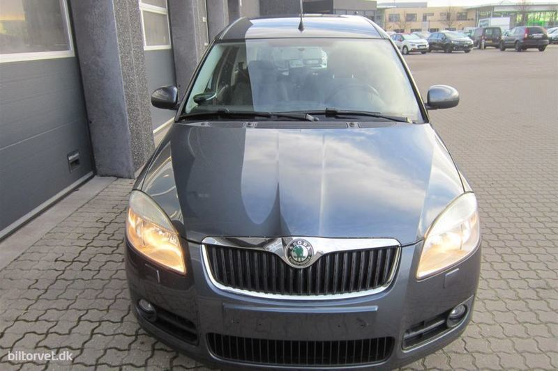 solgt skoda roomster 1 6 16v sport brugt 2007 km 133. Black Bedroom Furniture Sets. Home Design Ideas